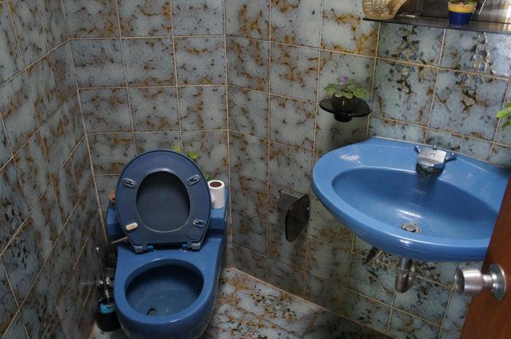 Casa Distrito Metropolitano>Caracas>Alto Hatillo - Venta:183.218.000.000 Precio Referencial - codigo: 14-13086