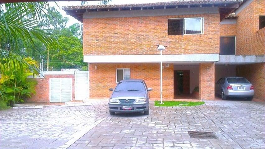 Casa Distrito Metropolitano>Caracas>El Hatillo - Venta:128.000.000.000 Bolivares - codigo: 14-13217