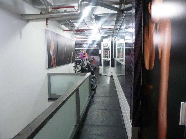 Negocios y Empresas Distrito Metropolitano>Caracas>Terrazas del Club Hipico - Venta:0 Bolivares - codigo: 14-13204