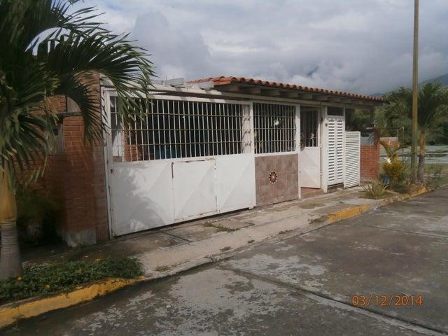 Casa Miranda>Guatire>El Castillejo - Venta:35.174.000.000 Precio Referencial - codigo: 14-13241