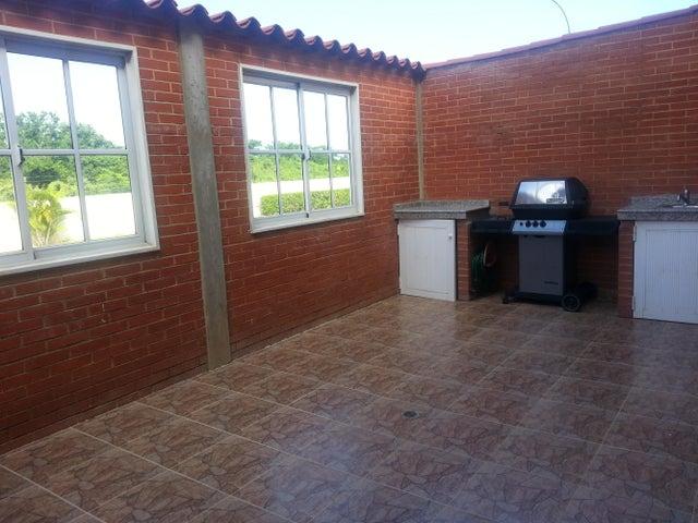 Apartamento Miranda>Higuerote>Higuerote - Venta:5.040.000.000 Bolivares Fuertes - codigo: 14-13287