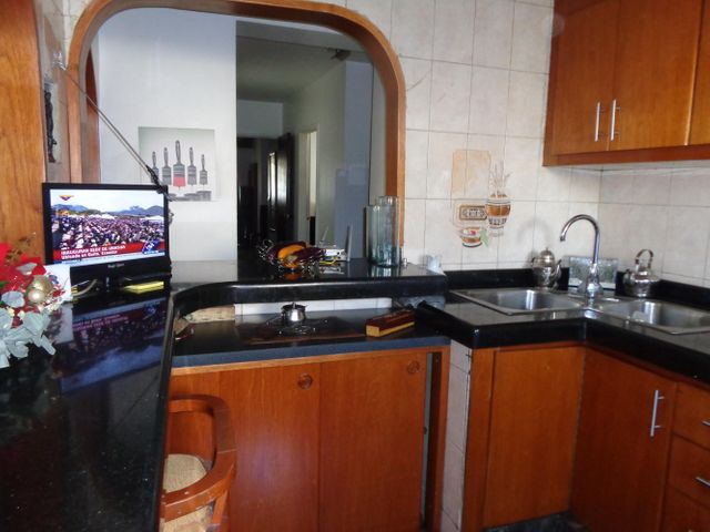 Apartamento Distrito Metropolitano>Caracas>El Recreo - Venta:18.461.000.000 Bolivares Fuertes - codigo: 14-13340