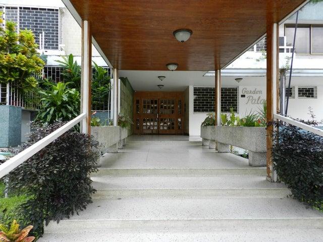 Apartamento Distrito Metropolitano>Caracas>El Marques - Venta:13.880.000.000 Bolivares Fuertes - codigo: 15-20