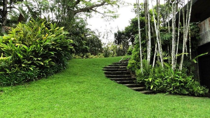 Casa Distrito Metropolitano>Caracas>Alto Hatillo - Venta:461.883.000.000 Bolivares - codigo: 15-71