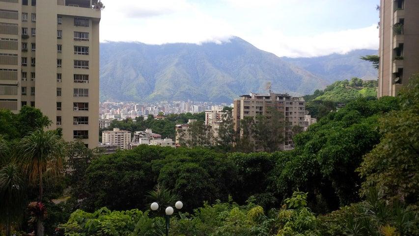 Apartamento Distrito Metropolitano>Caracas>Las Mesetas de Santa Rosa de Lima - Venta:99.229.000.000 Bolivares Fuertes - codigo: 15-215