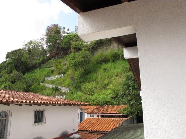 Casa Distrito Metropolitano>Caracas>Santa Paula - Venta:195.612.000.000 Precio Referencial - codigo: 15-298