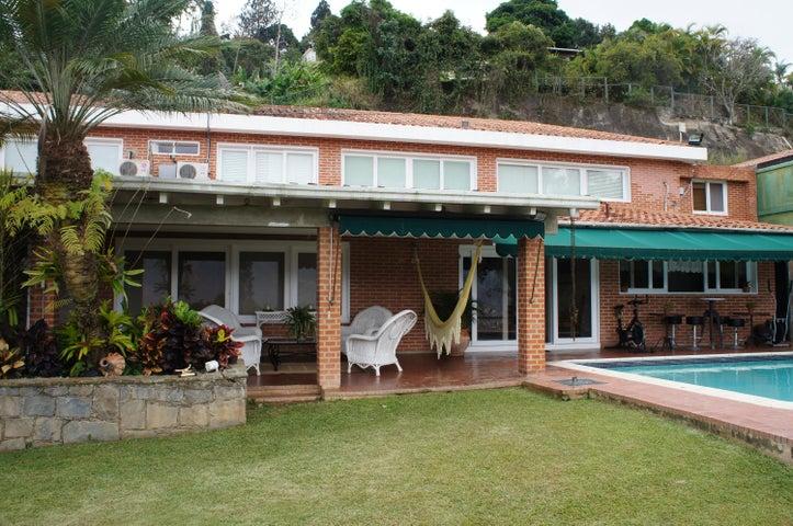 Casa Distrito Metropolitano>Caracas>Solares del Carmen - Venta:230.941.000.000 Bolivares - codigo: 15-353