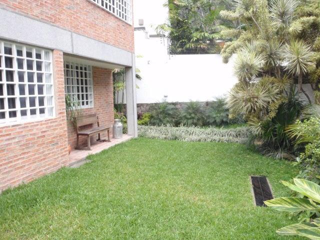 Casa Distrito Metropolitano>Caracas>Caurimare - Venta:500.756.000.000 Precio Referencial - codigo: 15-407
