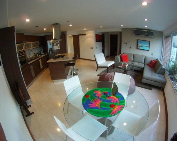 Apartamento Distrito Metropolitano>Caracas>Santa Ines - Venta:54.515.000.000 Precio Referencial - codigo: 15-601