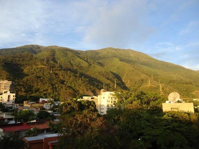 Apartamento Distrito Metropolitano>Caracas>La Castellana - Venta:416.876.000.000 Precio Referencial - codigo: 15-719