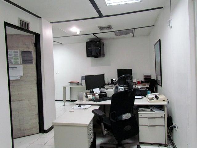 Galpon - Deposito Distrito Metropolitano>Caracas>Boleita Norte - Venta:162.909.000.000 Bolivares - codigo: 15-660
