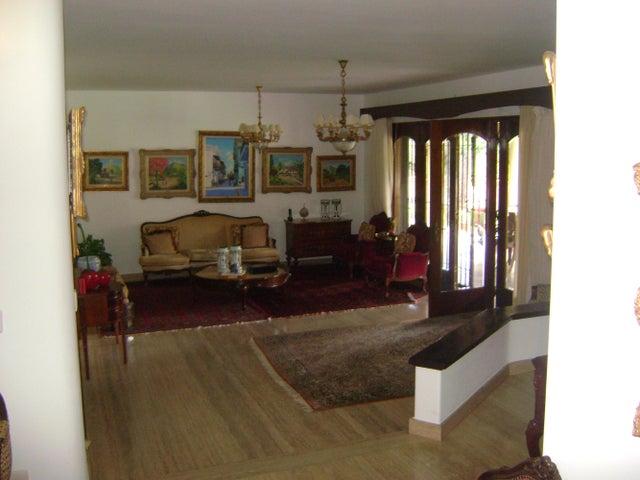 Casa Distrito Metropolitano>Caracas>Cerro Verde - Venta:1.400.000 US Dollar - codigo: 15-915