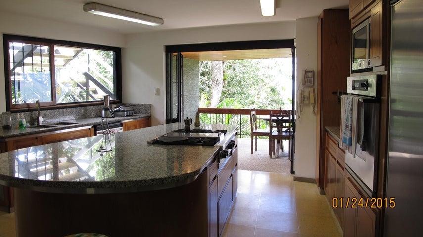Casa Distrito Metropolitano>Caracas>Alto Hatillo - Venta:351.186.000.000 Precio Referencial - codigo: 15-1018