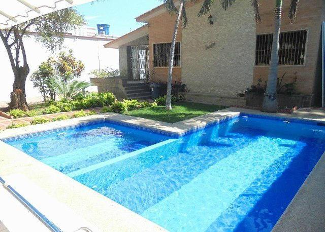 Casa Vargas>Parroquia Caraballeda>Palmar Este - Venta:183.218.000.000 Precio Referencial - codigo: 15-1034