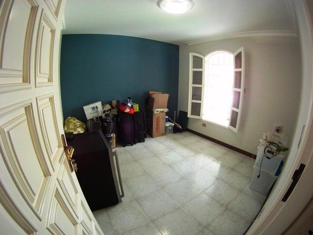 Casa Distrito Metropolitano>Caracas>Lomas de La Lagunita - Venta:101.843.000.000 Bolivares - codigo: 15-1201