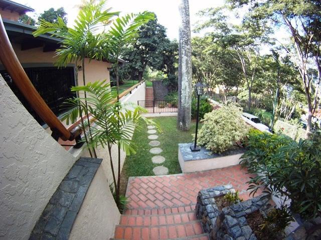Casa Distrito Metropolitano>Caracas>Prados del Este - Venta:540.457.000.000 Precio Referencial - codigo: 15-1206