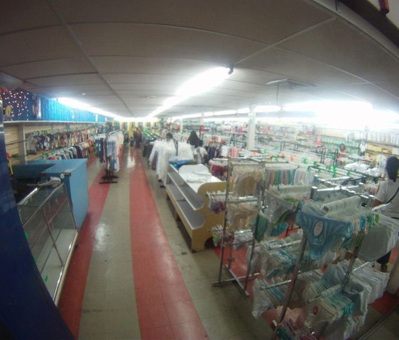 Local Comercial Distrito Metropolitano>Caracas>Centro - Venta:600.000.000.000 Bolivares - codigo: 15-1224