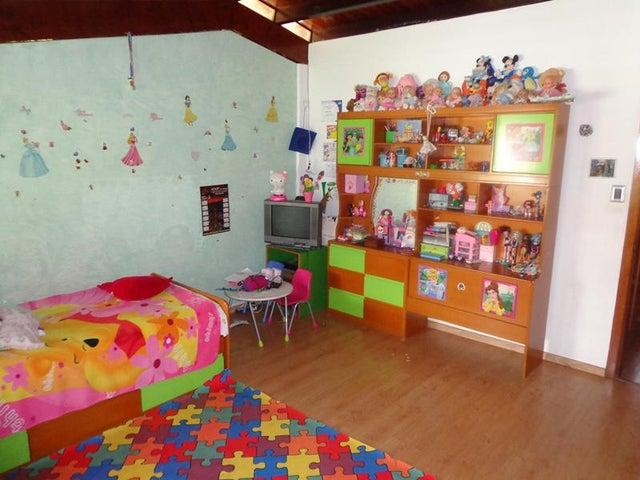 Casa Distrito Metropolitano>Caracas>Prados del Este - Venta:223.482.000.000 Precio Referencial - codigo: 15-1339