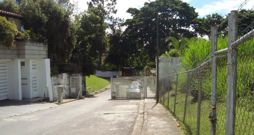 Terreno Distrito Metropolitano>Caracas>La Lagunita Country Club - Venta:171.003.000.000 Precio Referencial - codigo: 15-1581