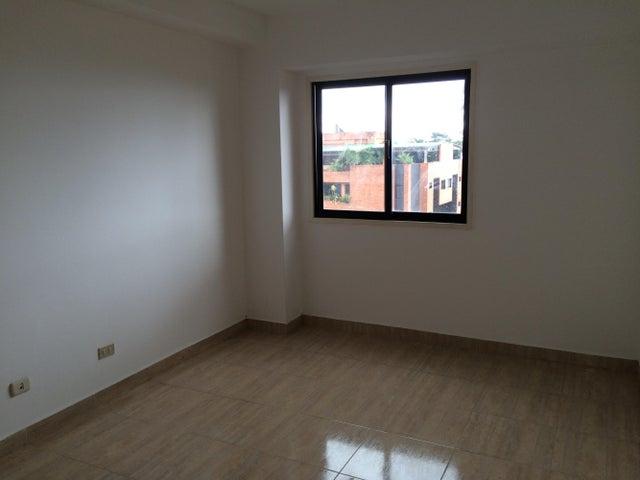 Apartamento Miranda>San Antonio de los Altos>Parque el Retiro - Venta:150.471.000.000 Precio Referencial - codigo: 15-1630