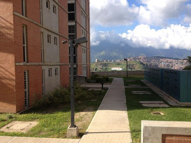 Apartamento Distrito Metropolitano>Caracas>El Encantado - Venta:29.315.000.000 Precio Referencial - codigo: 15-1636