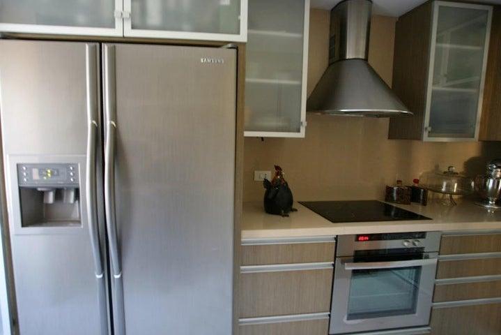 Apartamento Distrito Metropolitano>Caracas>El Pedregal - Venta:166.750.000.000 Precio Referencial - codigo: 15-1656