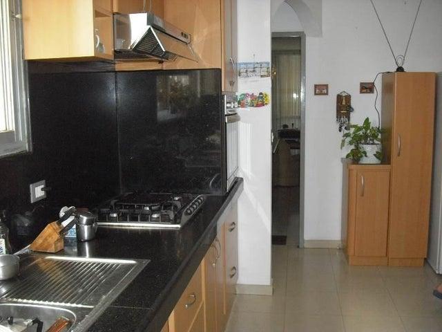 Apartamento Distrito Metropolitano>Caracas>Cumbres de Curumo - Venta:115.442.000.000 Precio Referencial - codigo: 15-1681