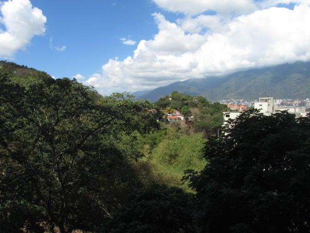 Apartamento Distrito Metropolitano>Caracas>Colinas de La California - Venta:34.641.000.000 Bolivares Fuertes - codigo: 15-1771