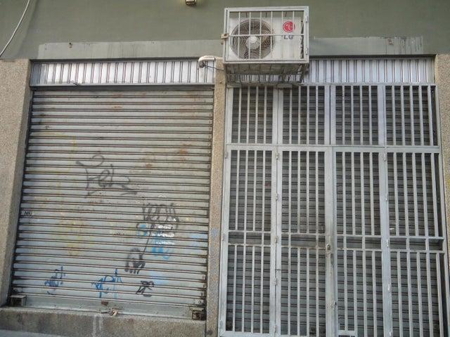Galpon - Deposito Distrito Metropolitano>Caracas>Parroquia San Jose - Venta:25.670.000.000 Precio Referencial - codigo: 15-1770
