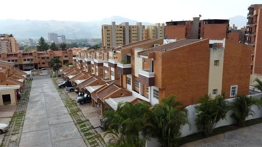 Townhouse Carabobo>Valencia>Piedra Pintada - Venta:5.460.000.000 Bolivares - codigo: 14-12854