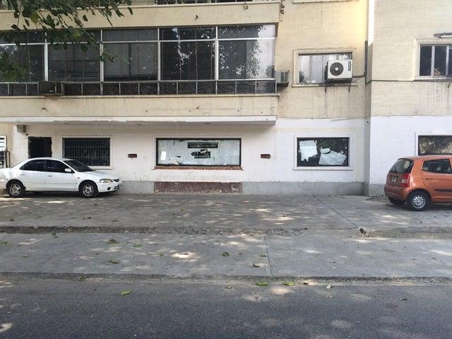 Local Comercial Distrito Metropolitano>Caracas>Las Mercedes - Venta:750.000 Precio Referencial - codigo: 15-3900