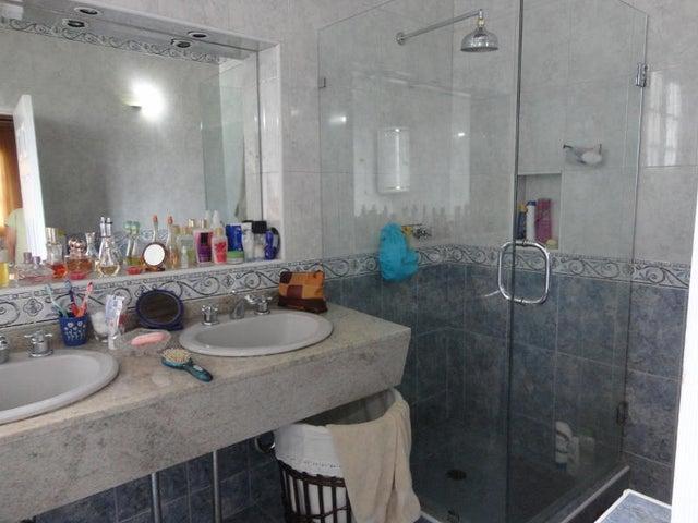 Casa Distrito Metropolitano>Caracas>La Union - Venta:93.091.000.000 Bolivares - codigo: 15-2289