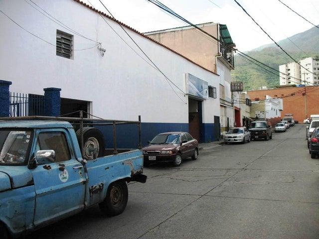 Negocios y Empresas Distrito Metropolitano>Caracas>Pedregal de Chapellin - Venta:0 Bolivares Fuertes - codigo: 15-1566
