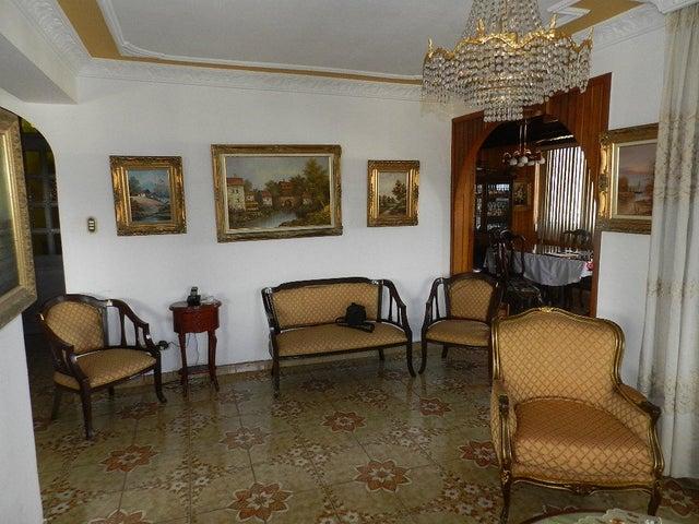 Apartamento Distrito Metropolitano>Caracas>Las Acacias - Venta:55.426.000.000 Bolivares Fuertes - codigo: 15-2204