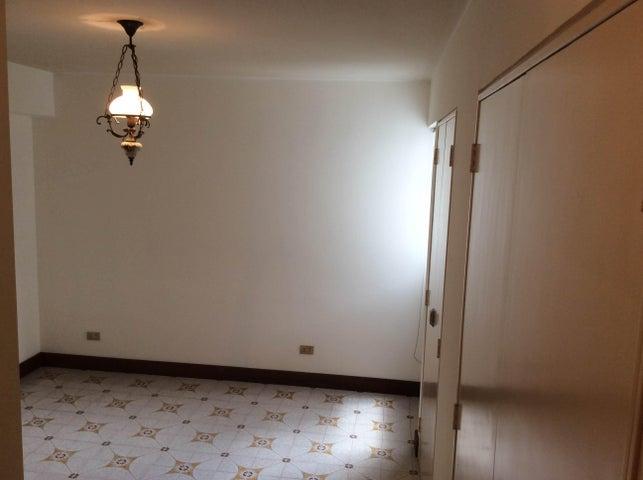 Apartamento Distrito Metropolitano>Caracas>La Campiña - Venta:21.150.000.000 Bolivares Fuertes - codigo: 15-2316