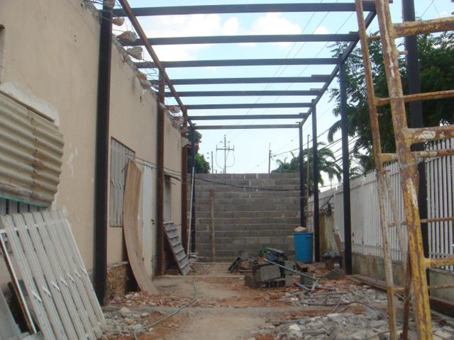 Local Comercial Lara>Barquisimeto>Barisi - Venta:49.500.000.000 Precio Referencial - codigo: 15-3539