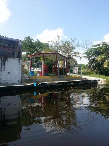 Terreno Miranda>Rio Chico>Los Canales de Rio Chico - Venta:1.221.451.000.000 Precio Referencial - codigo: 15-2424