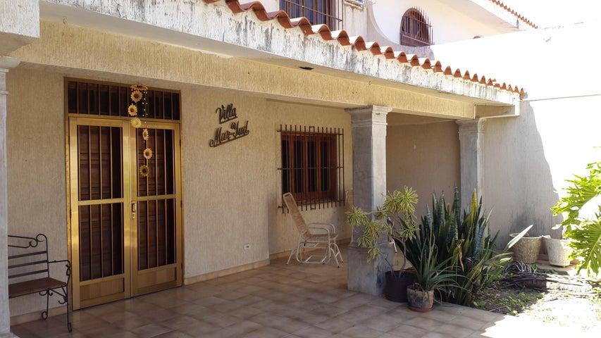 Casa Aragua>Turmero>San Pablo - Venta:5.640.000.000 Bolivares - codigo: 15-2447
