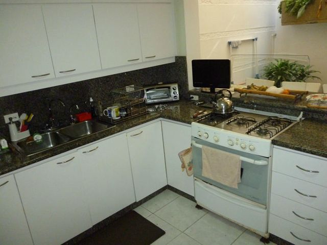 Casa Distrito Metropolitano>Caracas>Colinas de Los Ruices - Venta:237.859.000.000 Precio Referencial - codigo: 15-2461