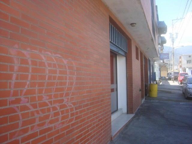 Edificio Yaracuy>San Felipe>San Felipe - Venta:127.900.000.000 Precio Referencial - codigo: 15-2536