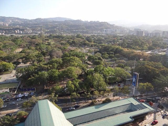 Apartamento Distrito Metropolitano>Caracas>Los Palos Grandes - Venta:91.387.000.000 Precio Referencial - codigo: 15-2559