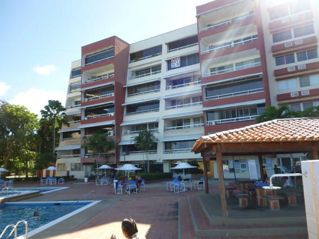 Apartamento Miranda>Rio Chico>Los Canales de Rio Chico - Venta:30.536.000.000 Precio Referencial - codigo: 15-2675