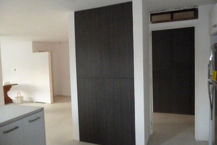 Apartamento Distrito Metropolitano>Caracas>Caurimare - Venta:33.948.000.000 Bolivares Fuertes - codigo: 15-3237