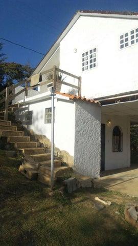 Casa Vargas>El Junquito-Vargas>La Niebla - Venta:11.538.000.000 Bolivares - codigo: 15-2906
