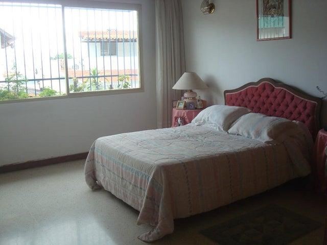 Casa Distrito Metropolitano>Caracas>Alto Prado - Venta:60.000.000.000 Bolivares - codigo: 15-2932
