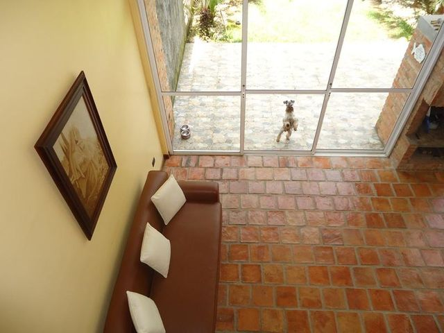 Townhouse Distrito Metropolitano>Caracas>Los Guayabitos - Venta:279.546.000.000 Precio Referencial - codigo: 15-2541