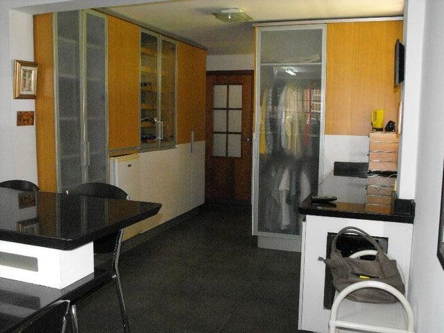 Casa Distrito Metropolitano>Caracas>El Marques - Venta:346.083.000.000 Precio Referencial - codigo: 15-2955