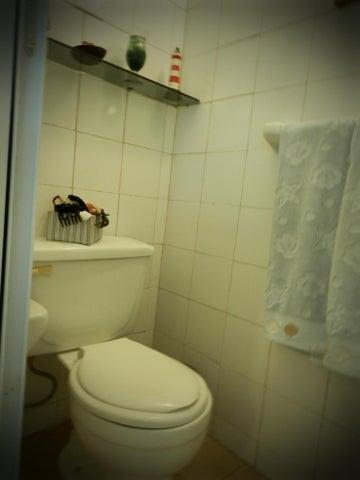 Apartamento Miranda>Rio Chico>Los Canales de Rio Chico - Venta:15.126.000.000 Precio Referencial - codigo: 15-2984