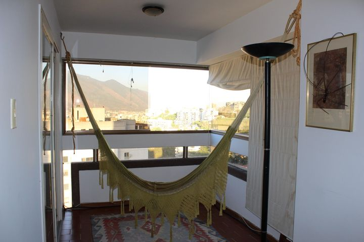 Apartamento Distrito Metropolitano>Caracas>Colinas de Bello Monte - Venta:34.075.000.000 Bolivares Fuertes - codigo: 15-2990