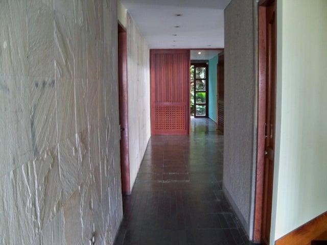 Casa Distrito Metropolitano>Caracas>Lomas del Mirador - Venta:580.189.000.000 Precio Referencial - codigo: 15-3166